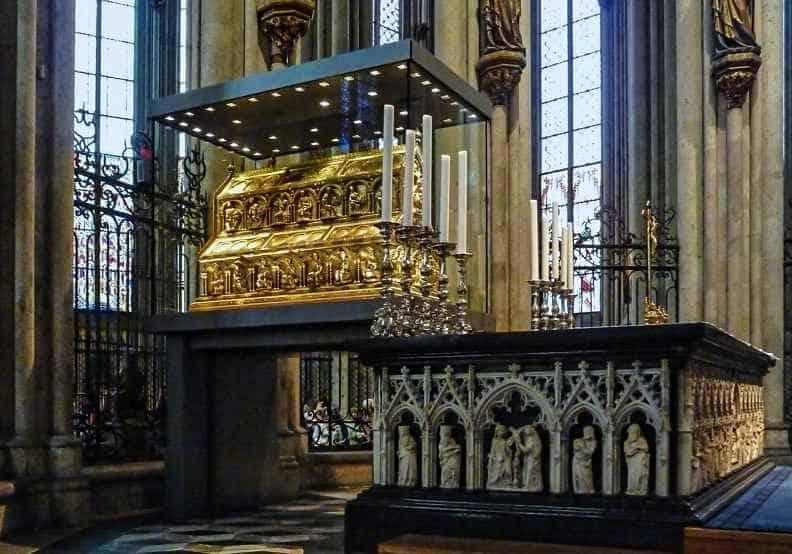 Кельнский собор реликварий