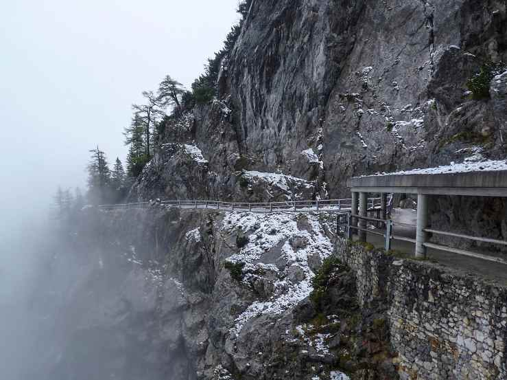 Путь к пещере Eisriesenwelt