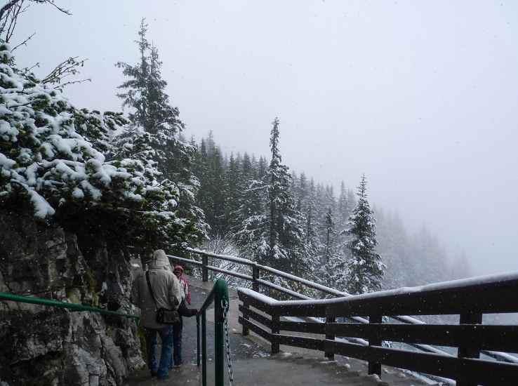 Зимний пейзаж в Альпах