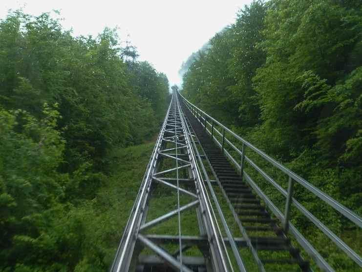 Железная дорога в солевую шахту