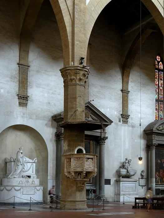 церковь Санта - Кроче колонны