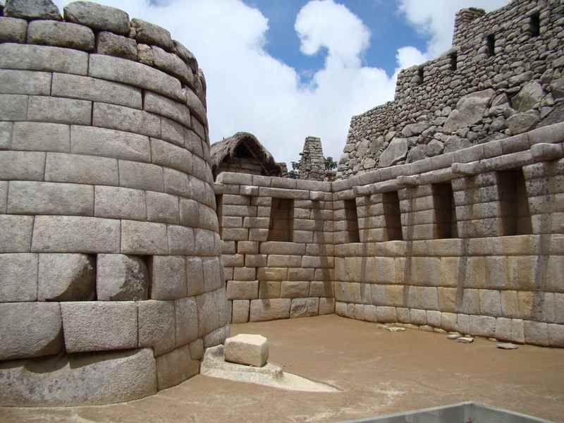 Старинная кладка в городе Мачу-Пикчу