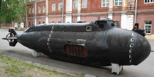 Подводная лодка Тритон 2 музейный экспонат