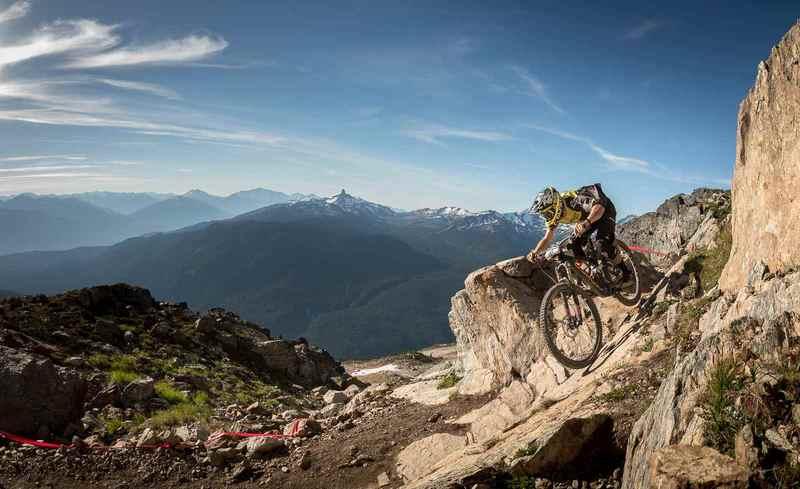 На велосипеде с горы