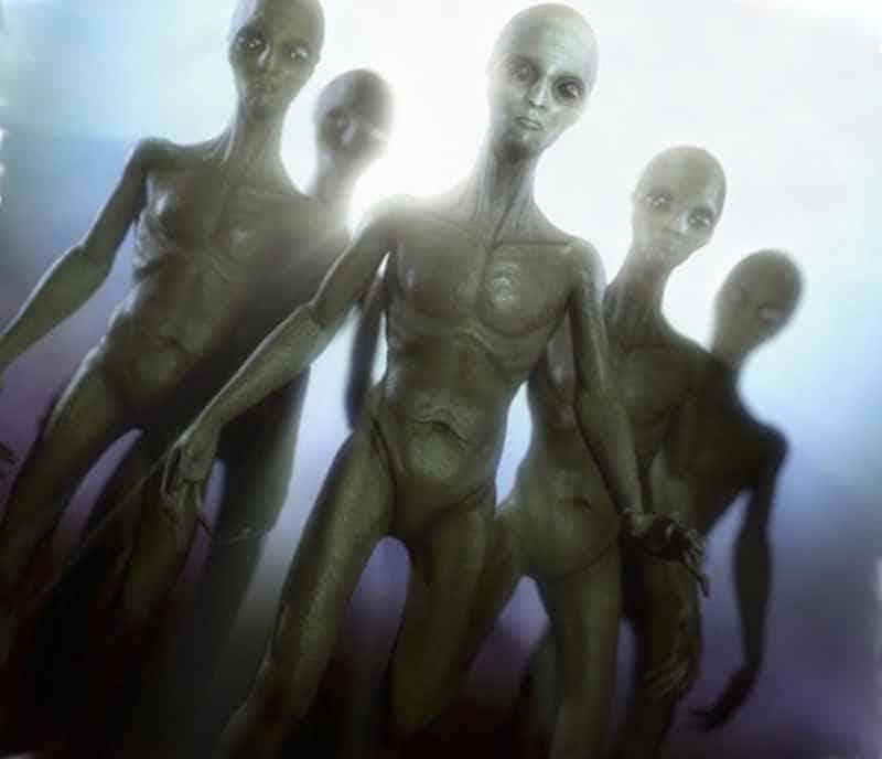 Существует много сообщений о НЛО. Инопланетяне во время войны во Вьетнаме.
