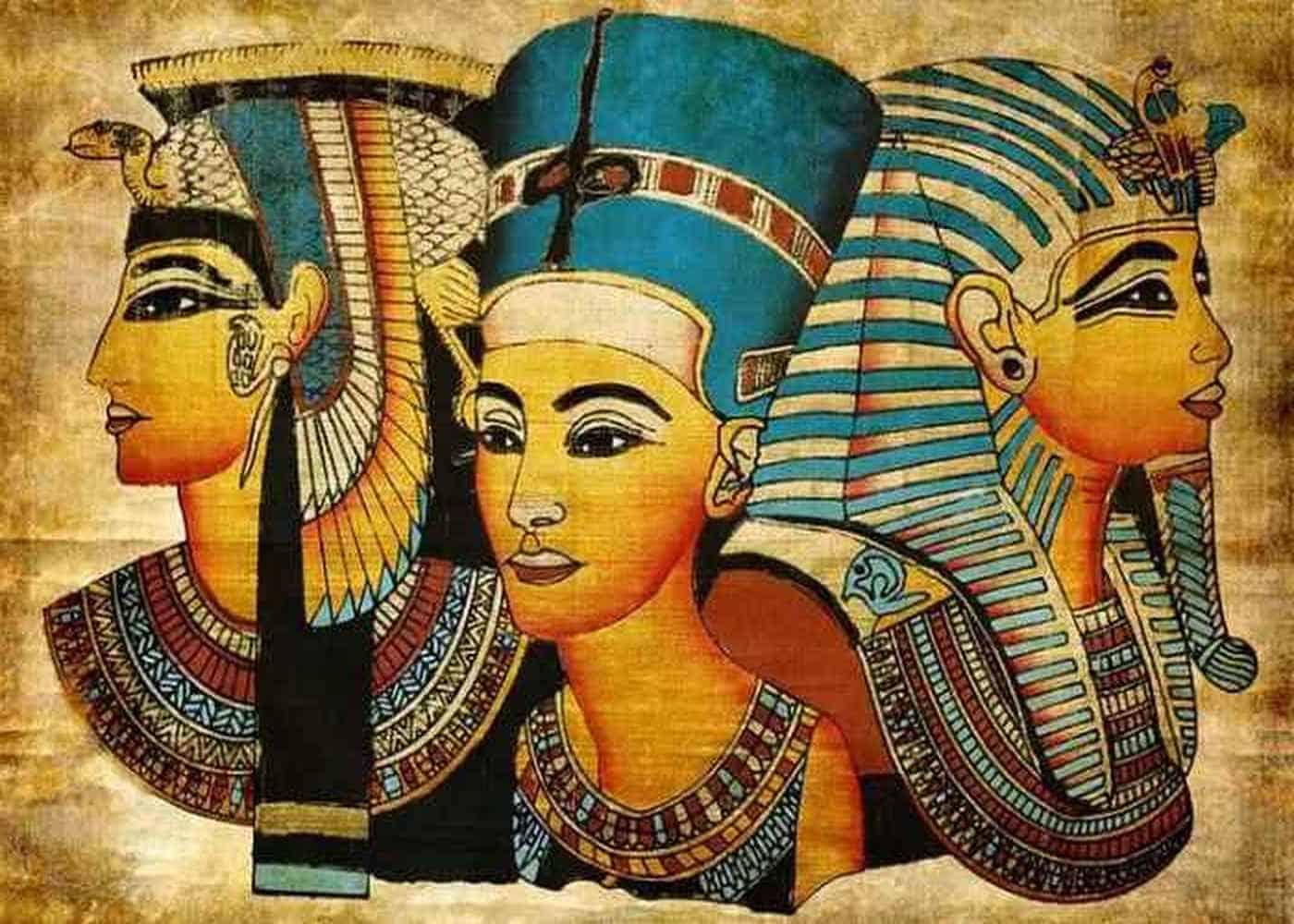 Одна из фресок с изображением Клеопатры. Написана через много лет после ее смерти