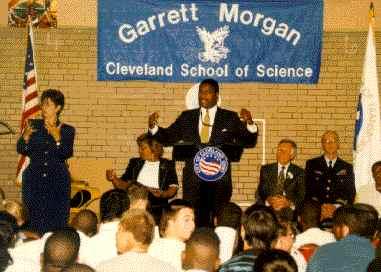 Морган как кандидат, выступление в школе Кливленда