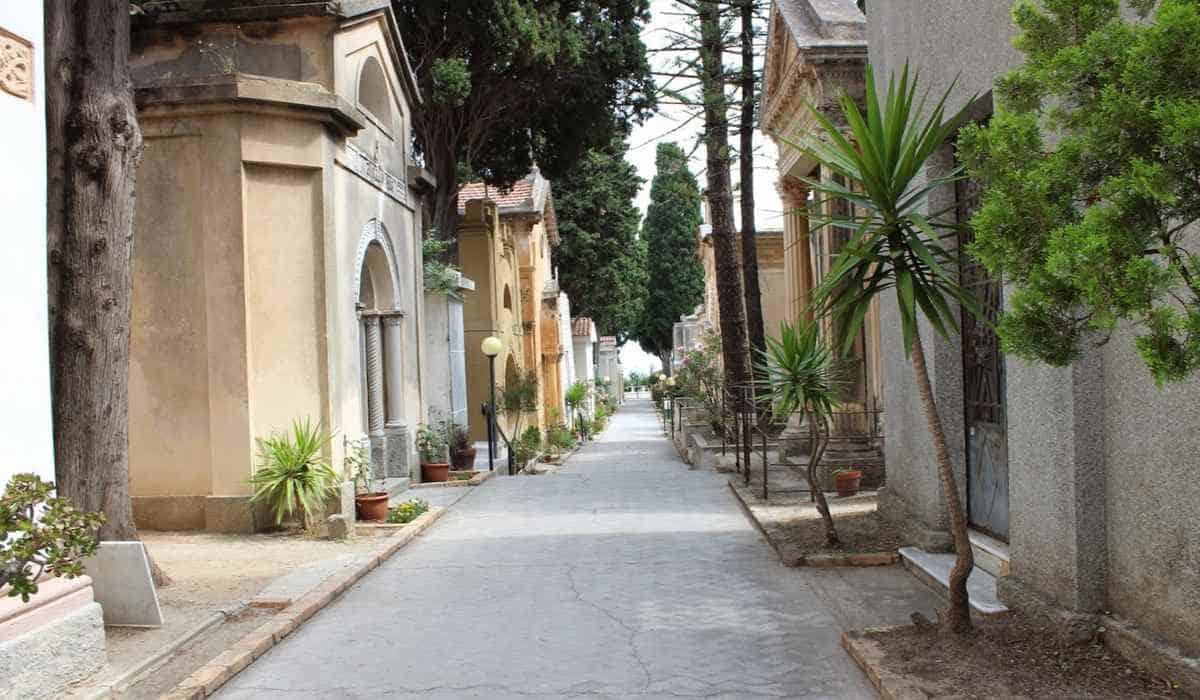 Кладбище Тропеи, Калабрия, Италия