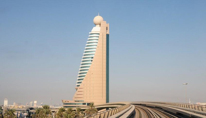 Башня Этисалат, Абу-Даби