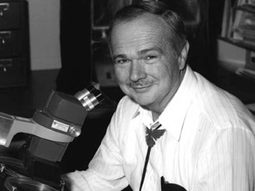Американский геолог и астроном Юджин Шумейкер