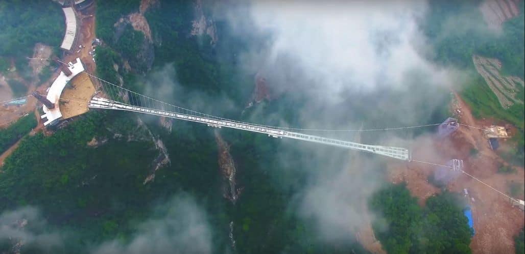 Мост над каньоном Чжанцзяцзе