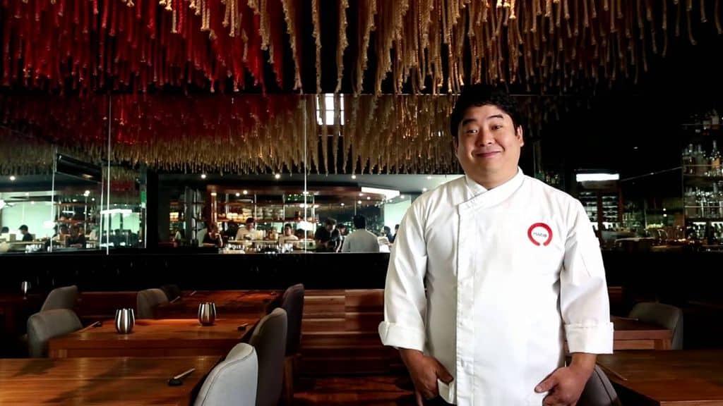 Шеф-повар ресторана Maido Мицухару Цумура