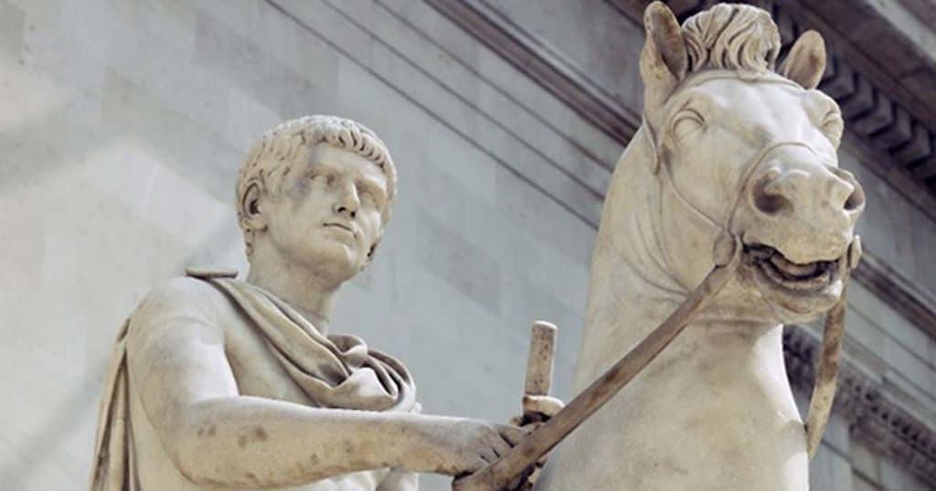 Калигула и его конь