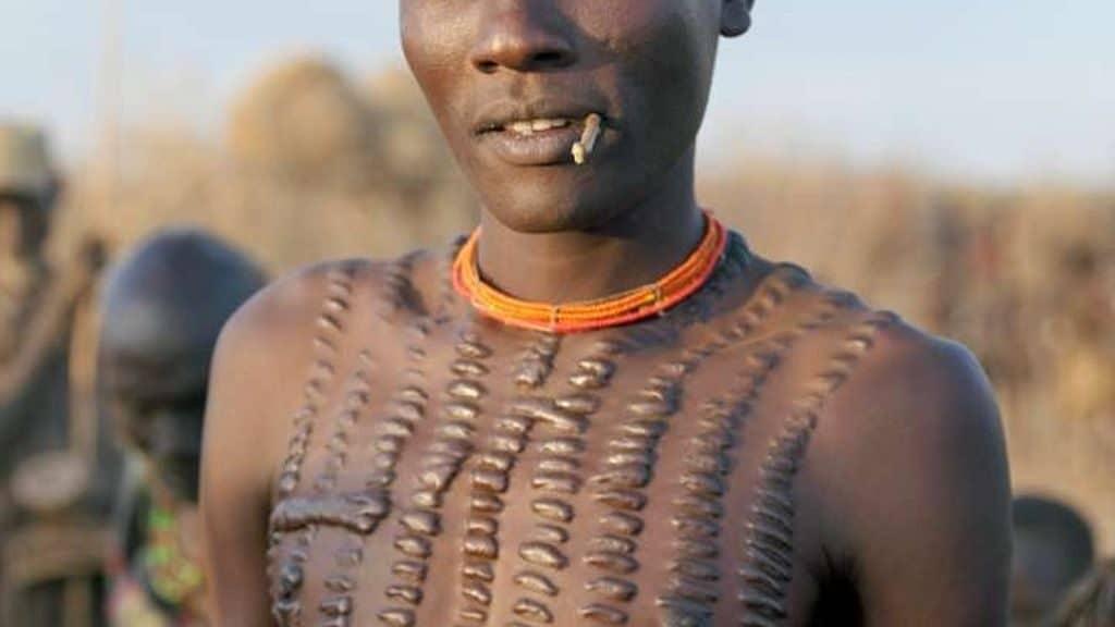 Племя людей-крокодилов (Новая Гвинея)