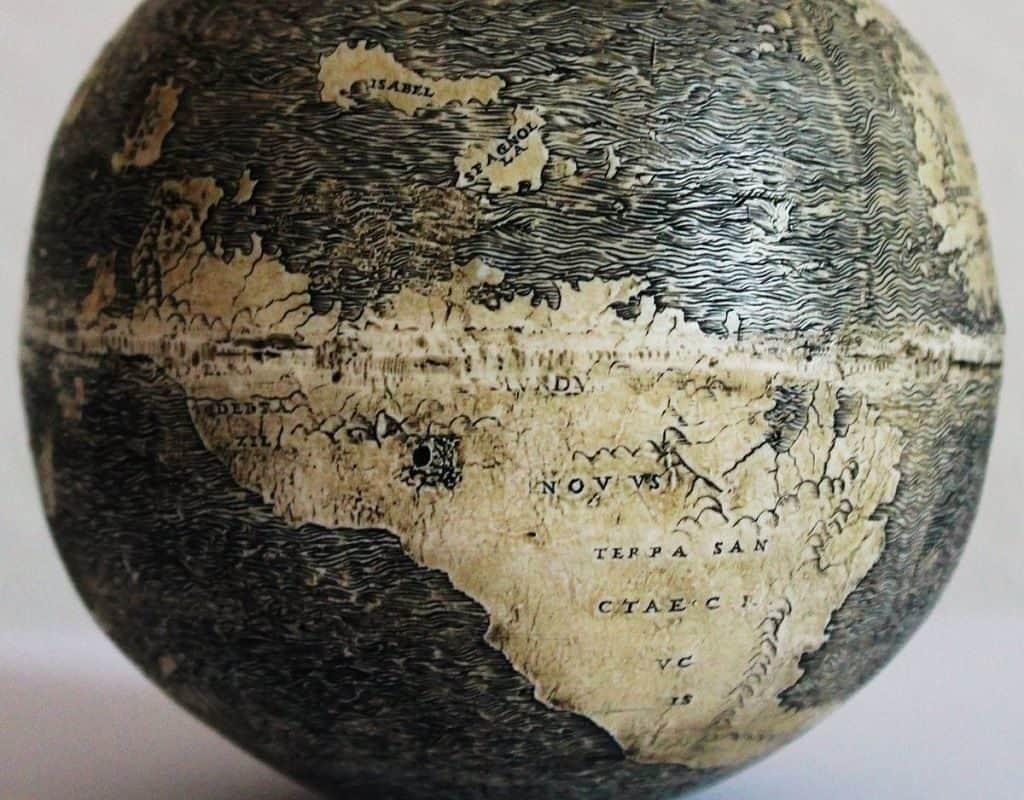 Глобус Страусиное яйцо
