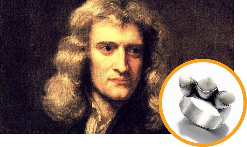 Зуб Исаака Ньютона в перстне