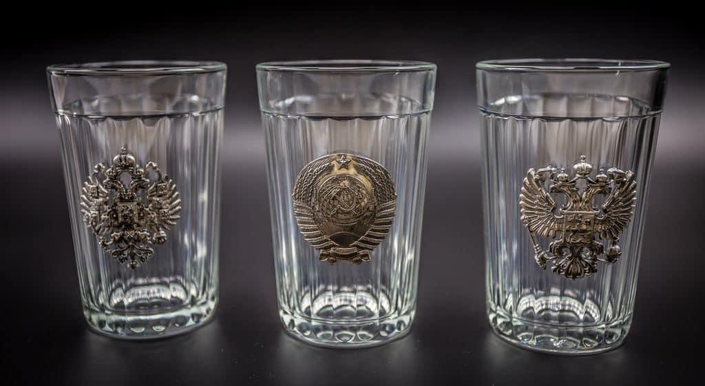 Граненые стаканы с символикой СССР