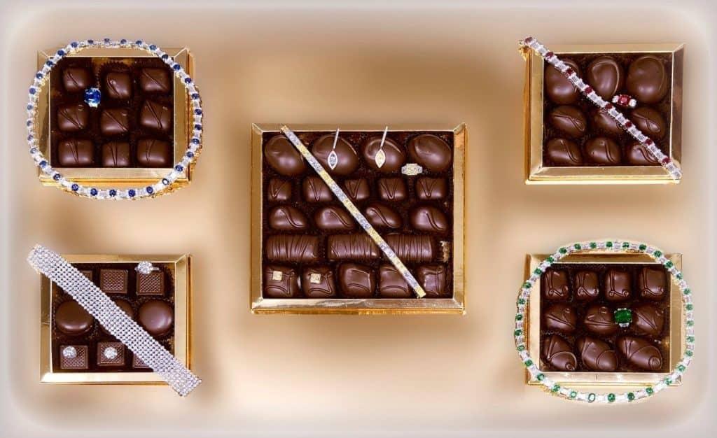 Шоколадный набор от Simon Jewelers