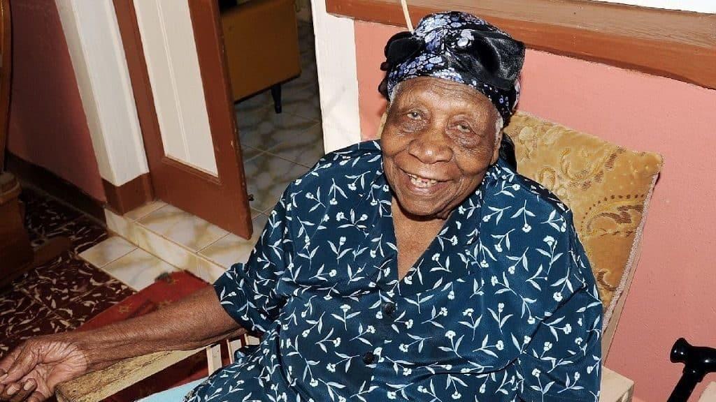 Вайолет Моссе-Браун (Ямайка)