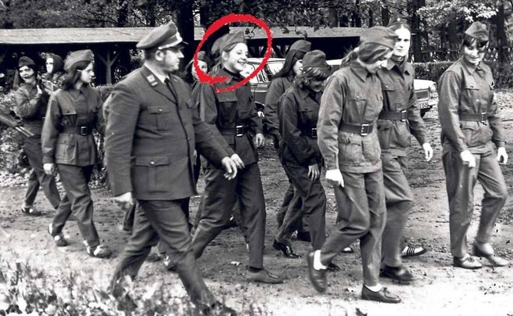 Ангела Меркель - участник ССНМ (союз свободной немецкой молодежи)
