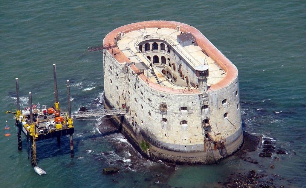 Форт Боярд на атлантическом побережье Франции