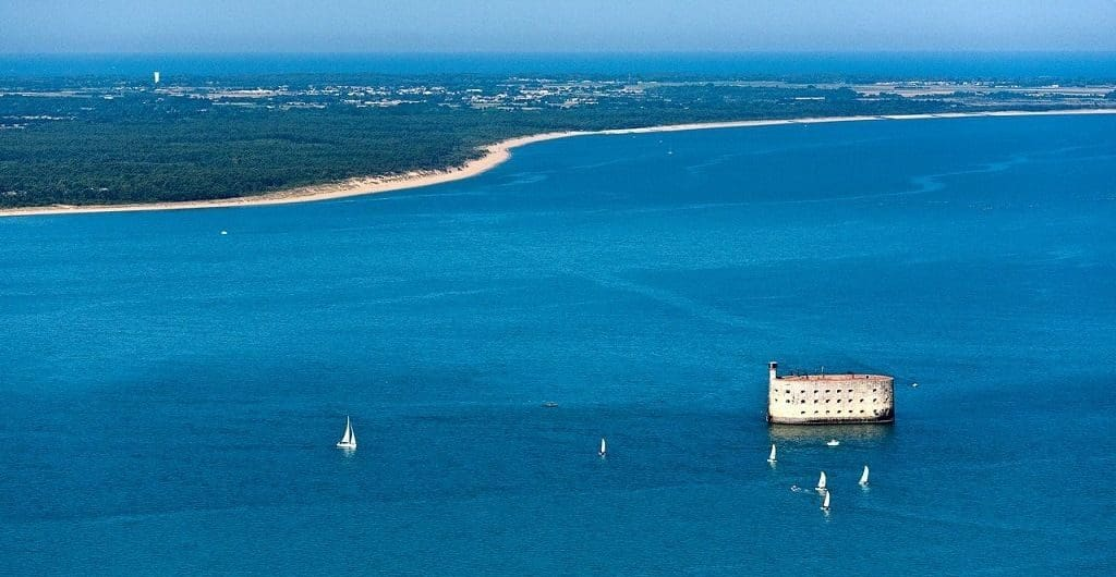Морская крепость - форт Боярд
