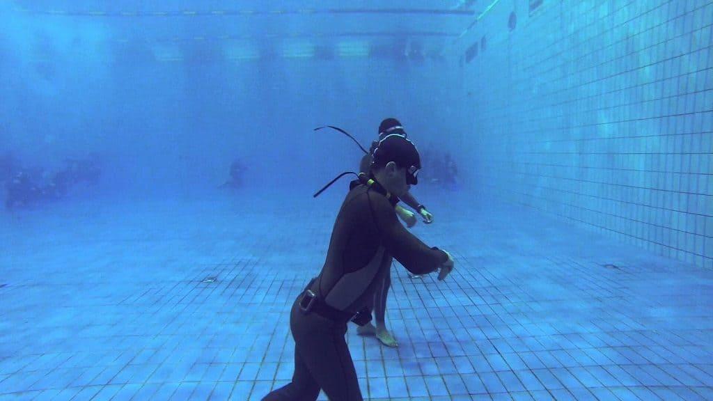 Тренировки по задержанию воздуха под водой