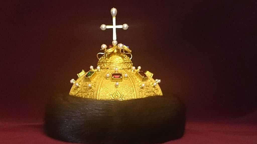 Царская шапка Мономаха