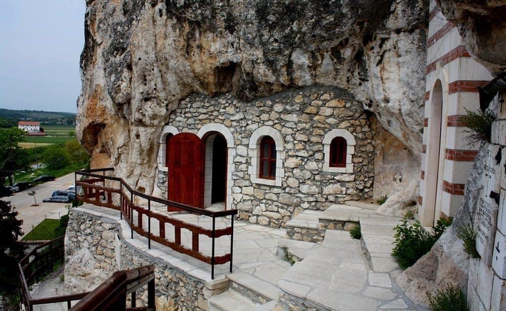 Ивановский монастырь в Болгарии