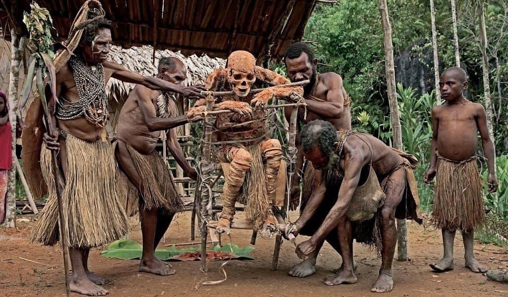 Ангу (Папуа – Новая Гвинея)