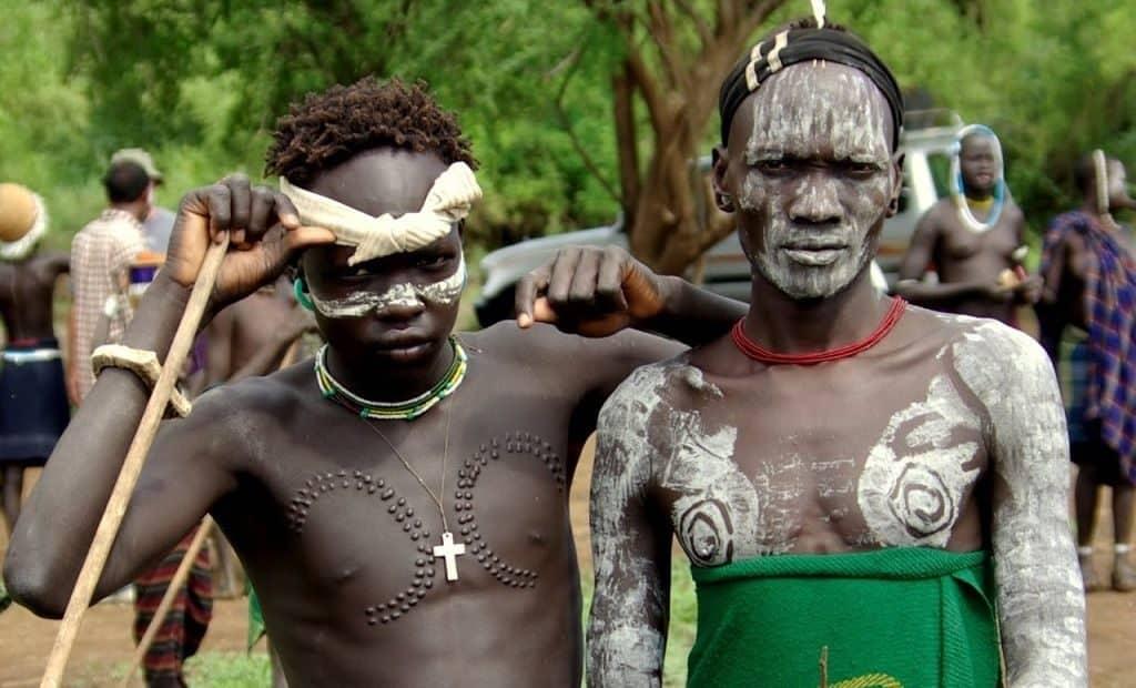 Воины племени сурма
