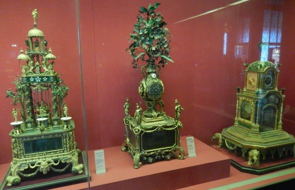 Музей старинных часов в Запретном городе в Пекине