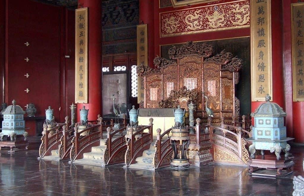 Пол в колонных залах дворца Запретного города