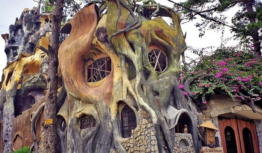 «Сумасшедший дом» Ханг Нга