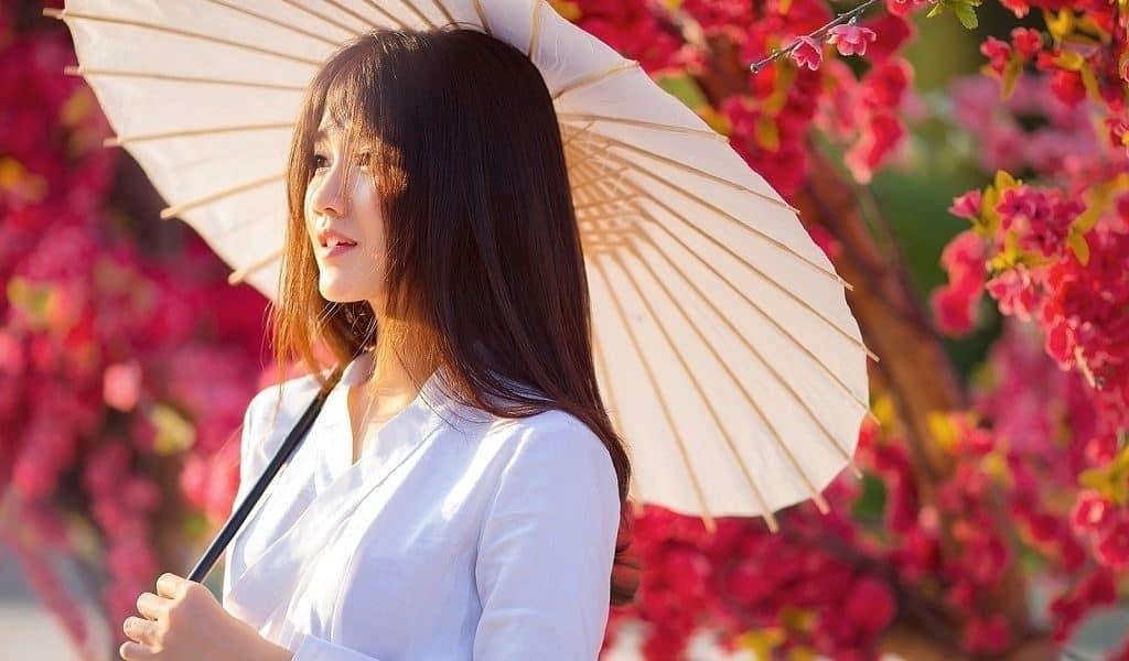 Японские женщины и солнце