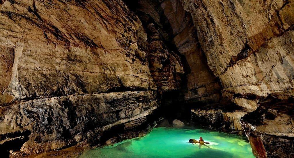 Пещеры: San Wang Dong и Er Wang Dong