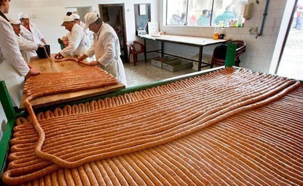 Самые длинные сосиски