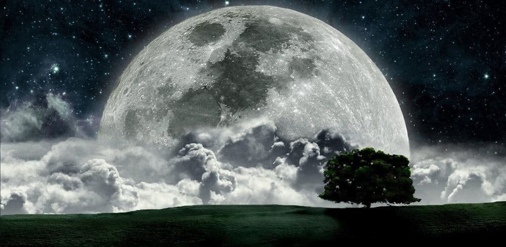 Луна: оптический обман зрения