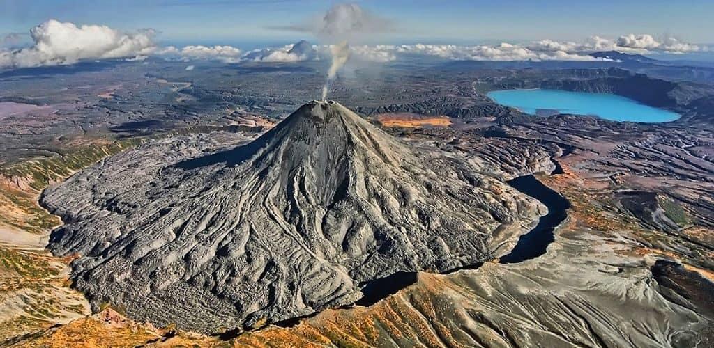 Вулкан Карымская сопка