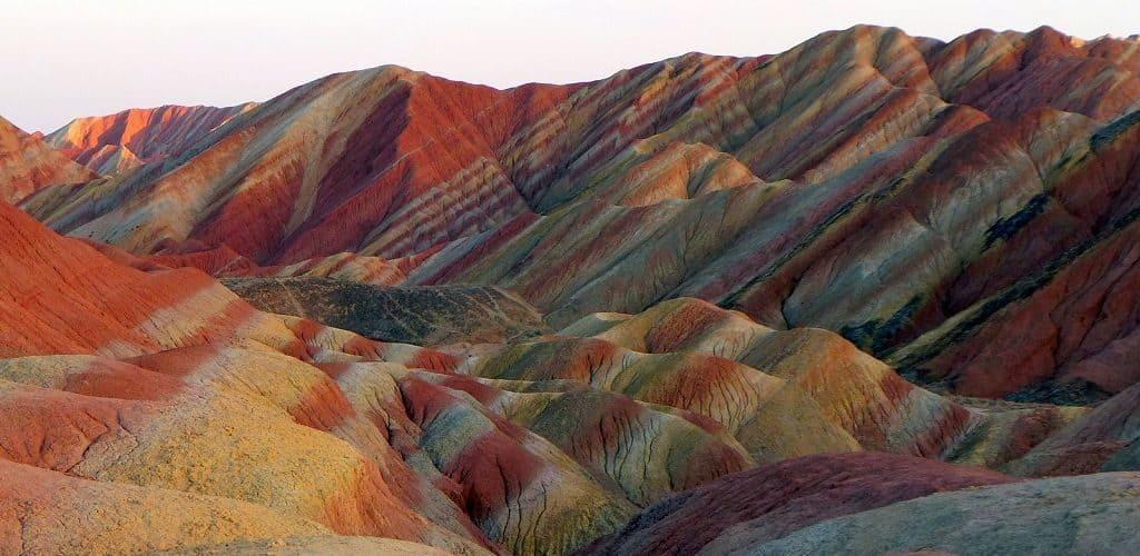 Цветные горы Чжанье Данксиа
