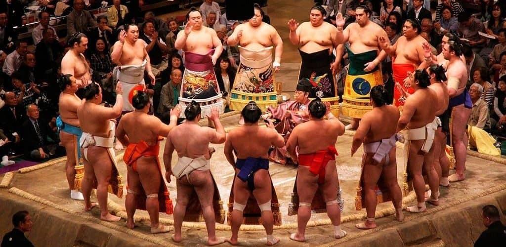 Японские сумоисты