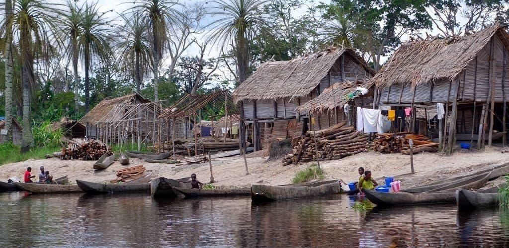 Деревня в Конго