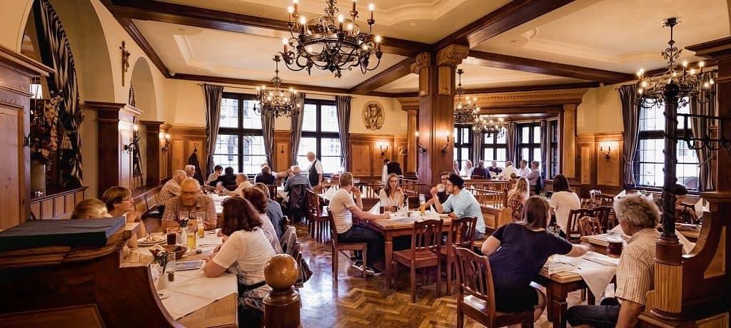 Ресторан «Ховбройхаус» в Мюнхене