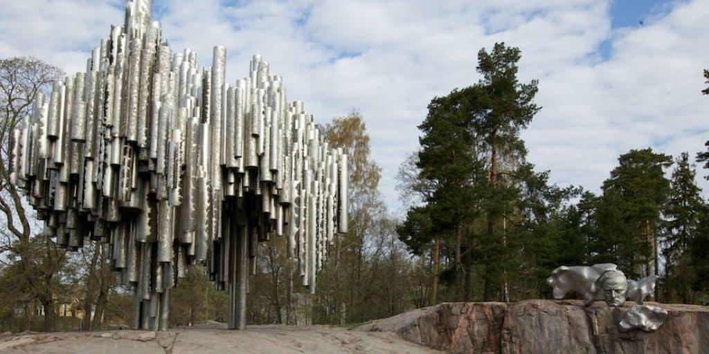 Памятник и парк Сибелиуса