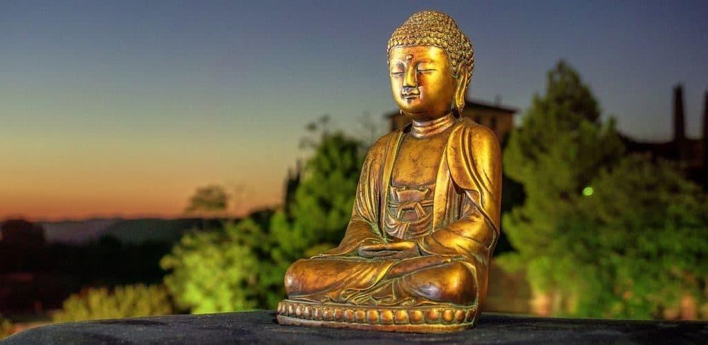 Статуэтка Будды Шакьямуни