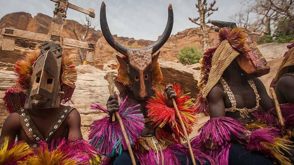 Племя догонов