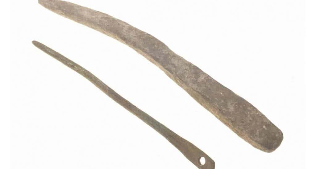 Древняя игла