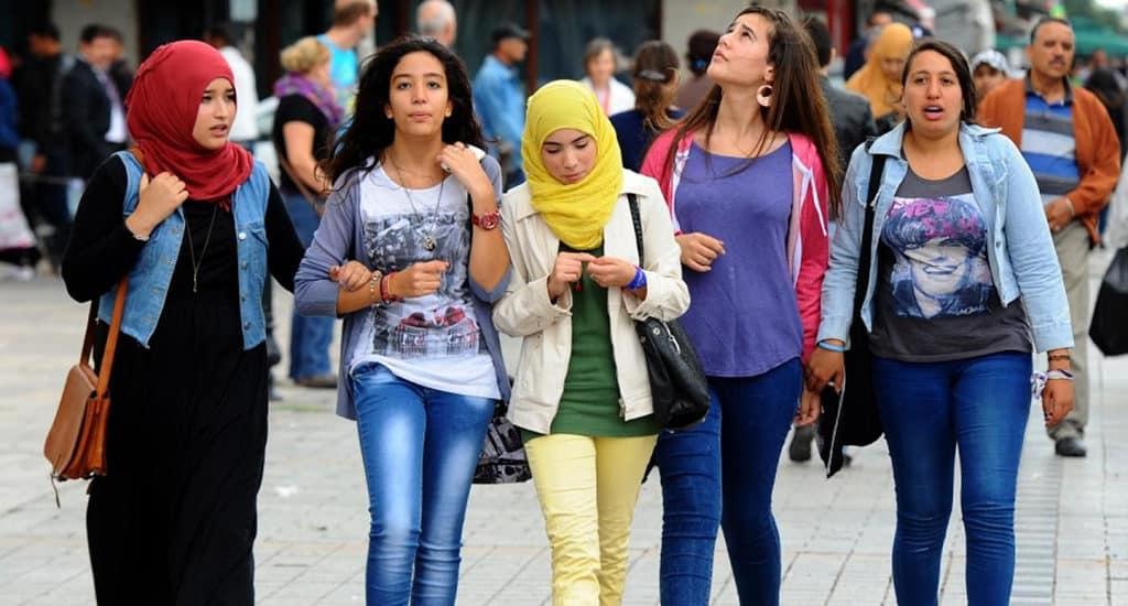 Женщины в Тунисе