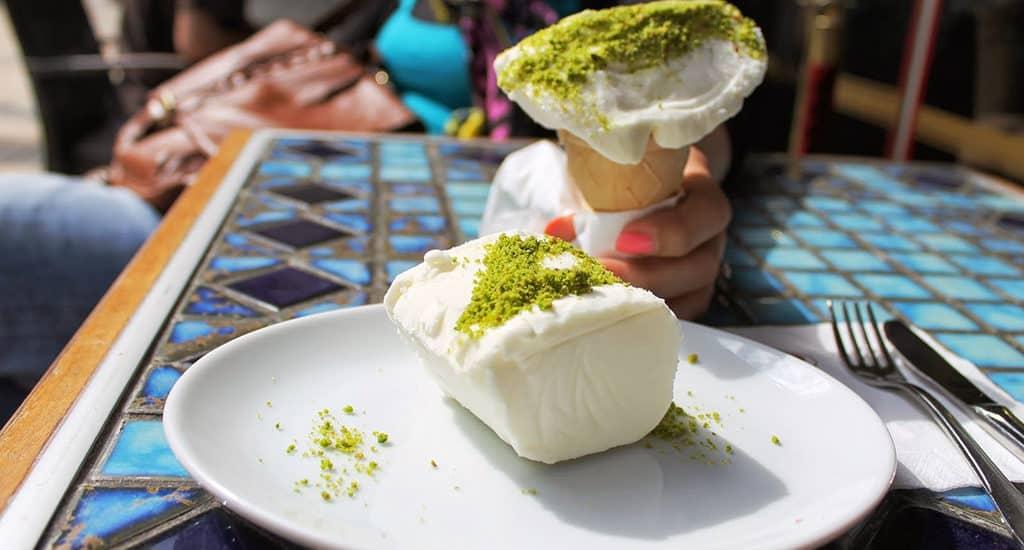 Дондурма – турецкое мороженое