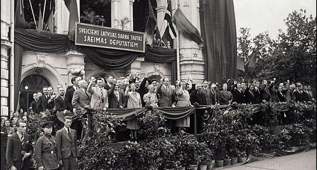 Присоединение Литвы к СССР